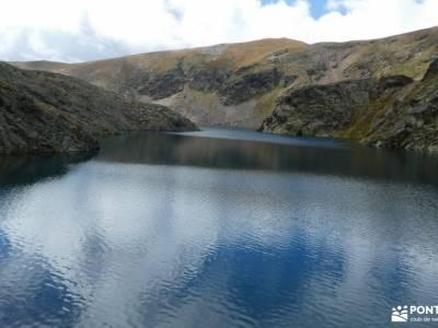 Andorra-País de lossenderismo joven madrid excursiones montaña madrid fotos de lagos de covadonga la